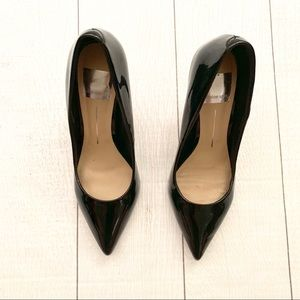 Dolce Vita Shoes - EUC Dolce Vita Black Patent Leather Pumps Heels
